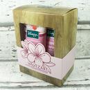 Kneipp - Dárková sada Sprchový gel a tělové mléko Mandlové květy 2x 200 ml